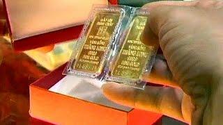الذهب يتراجع إلى معدلات قياسية - economy