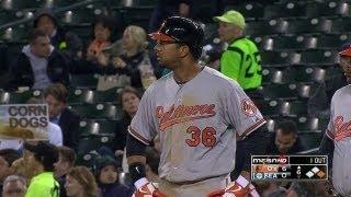 balsea dickersons base hit scores a pair of runs