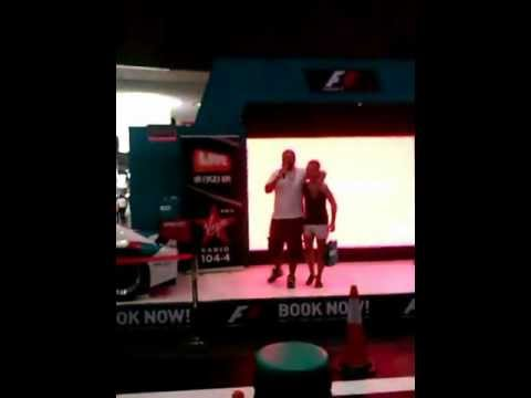 White_Man Dubai Beatbox (video 2)