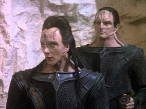ONE OF THE BEST MOMENTS IN STAR TREK HISTORY!