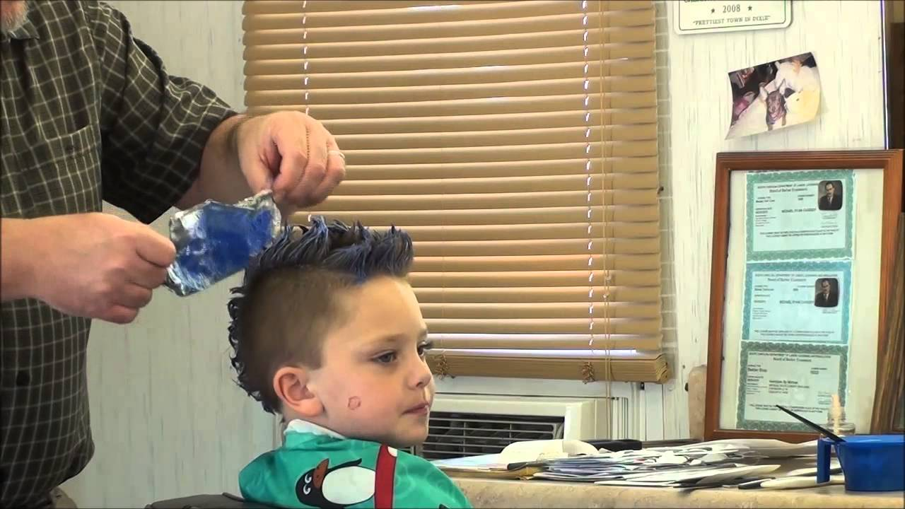 Frosting Kids Hair With The Shoe Shine Foil Sheet Youtube