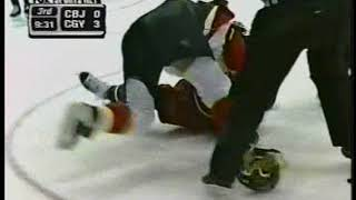 Jarome Iginla vs Lyle Odelein