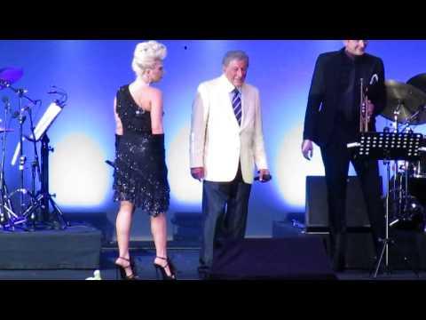 Tony Bennett & Lady Gaga - I Won't Dance - Umbria Jazz 2015, Perugia