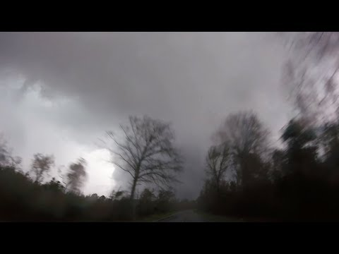 Steve Knoll - Storm Chaser is First to See Tornado Damage in Alabama