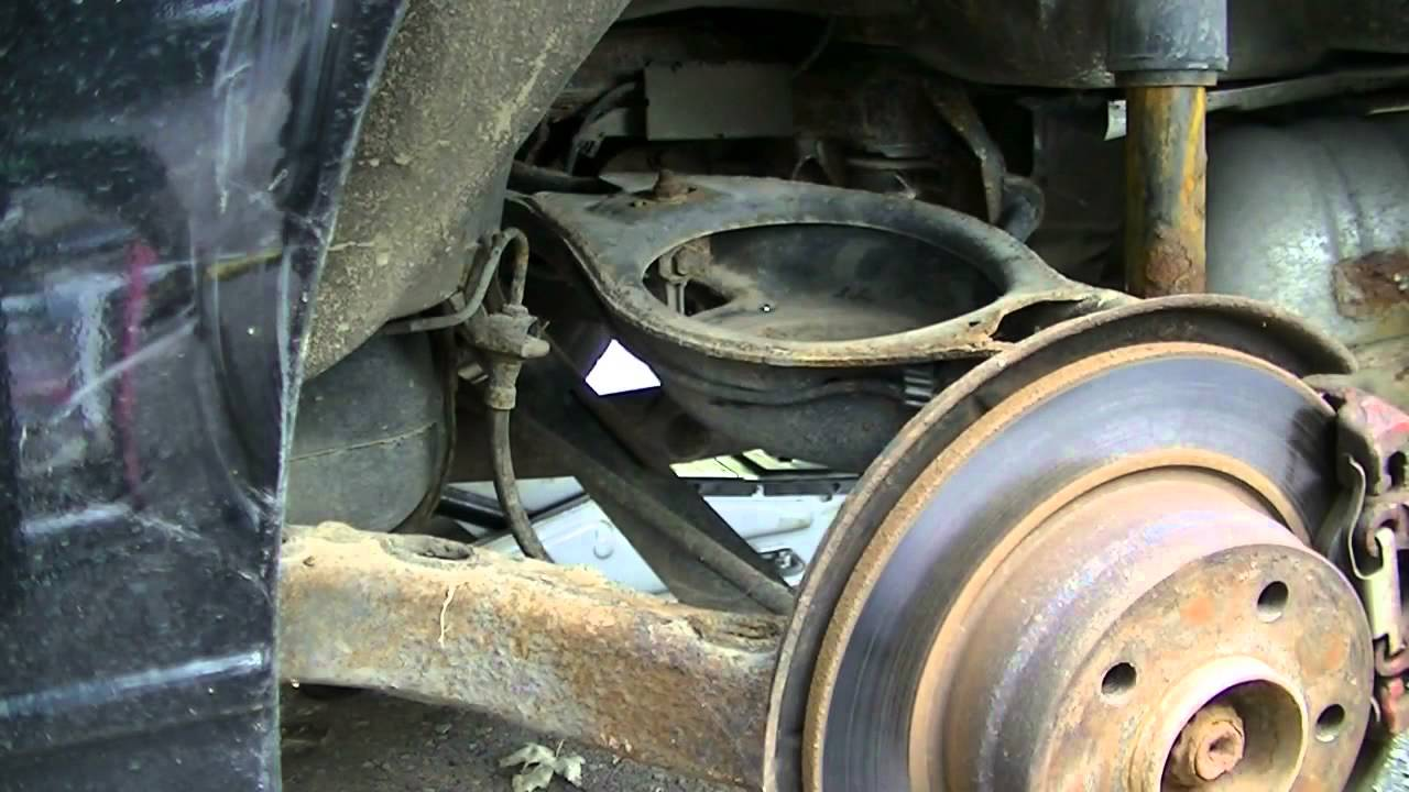 Bmw 318i Rear Coil Spring Replace Youtube