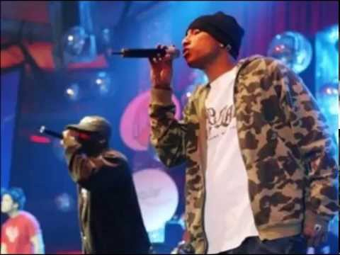 N.E.R.D. -- Locked Away (Live)