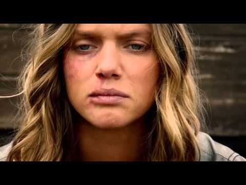 Tracy Spiridakos Revolution 2x19  Shit Happens_1