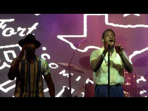 Leon Bridges - Pony (Ginuwine cover) - Live from Bonnaroo 2016