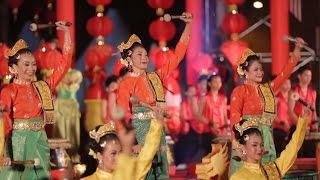 Как встретить Новый год по-китайски(28 января – начало нового года по лунному календарю. Праздник Весны или так называемый Китайский новый год..., 2017-01-27T13:35:08.000Z)