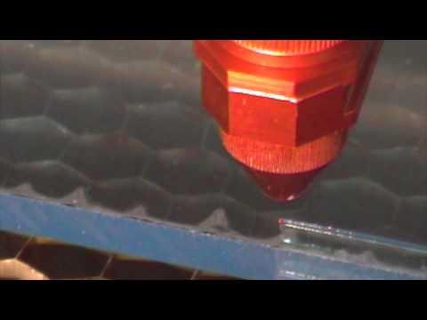 laser schneiden 8mm plexiglas trotec speedy 300 youtube. Black Bedroom Furniture Sets. Home Design Ideas