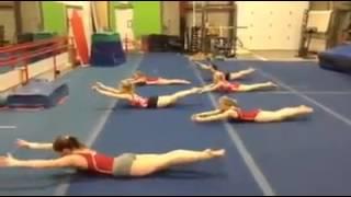 Убийственная тренировка для пресса от юных гимнасток!