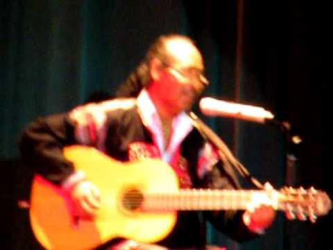Y Moan: Giấc Mơ Chapi (live in Hà Nội 6-8-2010)