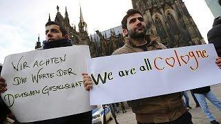Almanya'da Suriyeli mültecilerden taciz ve ırkçılık karşıtı gösteri