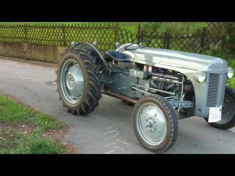Ferguson TE-20 Baujahr 1949; Chevy V8; V8 Traktor
