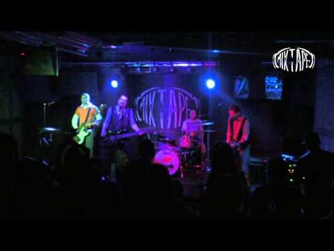 P.I.F. - Vremeto vnezapno spia ( Live @ club *MIXTAPE 5*, Sofia 09 05 2012 )
