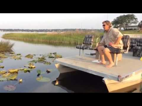 Best Way To Mount A Trolling Motor On Pontoon Boat Youtube