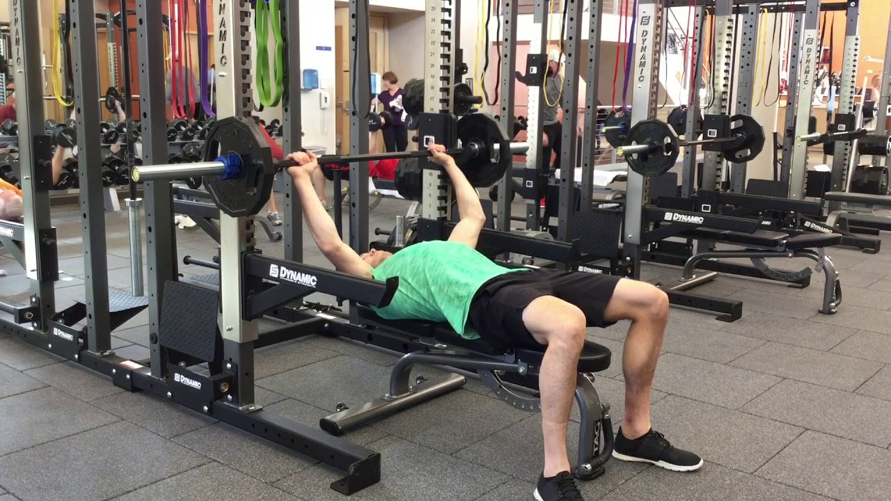 How To Bench Press With Safety Catches