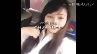 ABG SMA Mesum Di Dalam Mobil