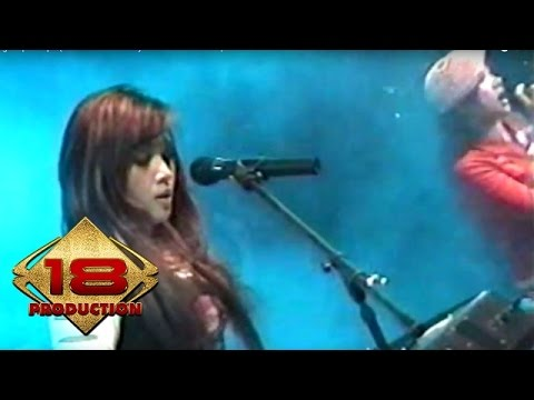 Ratu - Aku Baik Baik Saja   (Live Konser Surabaya 6 November 2005)
