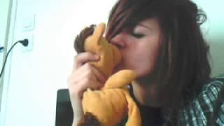 Emo delires:emo kiss doudou