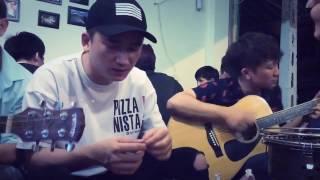 """PHAN MẠNH QUỲNH hát live tại quán nhậu """"KHI NGƯỜI MÌNH YÊU KHÓC"""" - GUITAR ACOUSTIC COVER - đệm hát"""