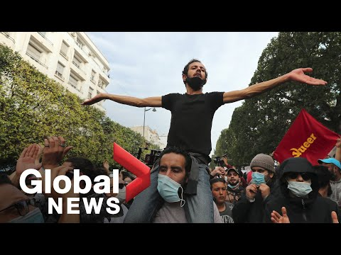 Thousands spill onto streets in Tunis, Tunisia defying police lockdown