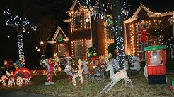 Christmas Lights in Deerfield Plano - Must see place in the suburb of north Dallas during Christmas