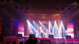 Jatt Di Akal Live Ranjit Bawa & Dj Sunny Singh at khalsa college Part 1