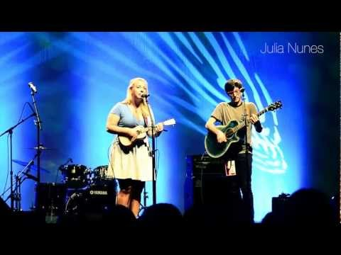 e-motions at Vidcon 2012 Day 1 (Kina Grannis, Dave Days, Julia Nunes and many more)