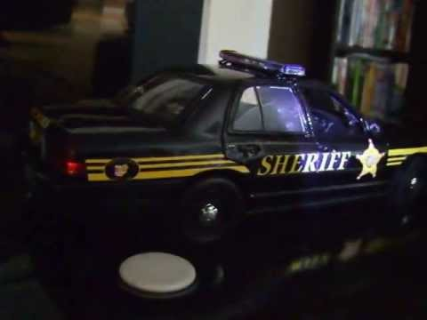 Ohio Sheriff Model Cruiser 1/18 Scale With Working LED Lights and Siren