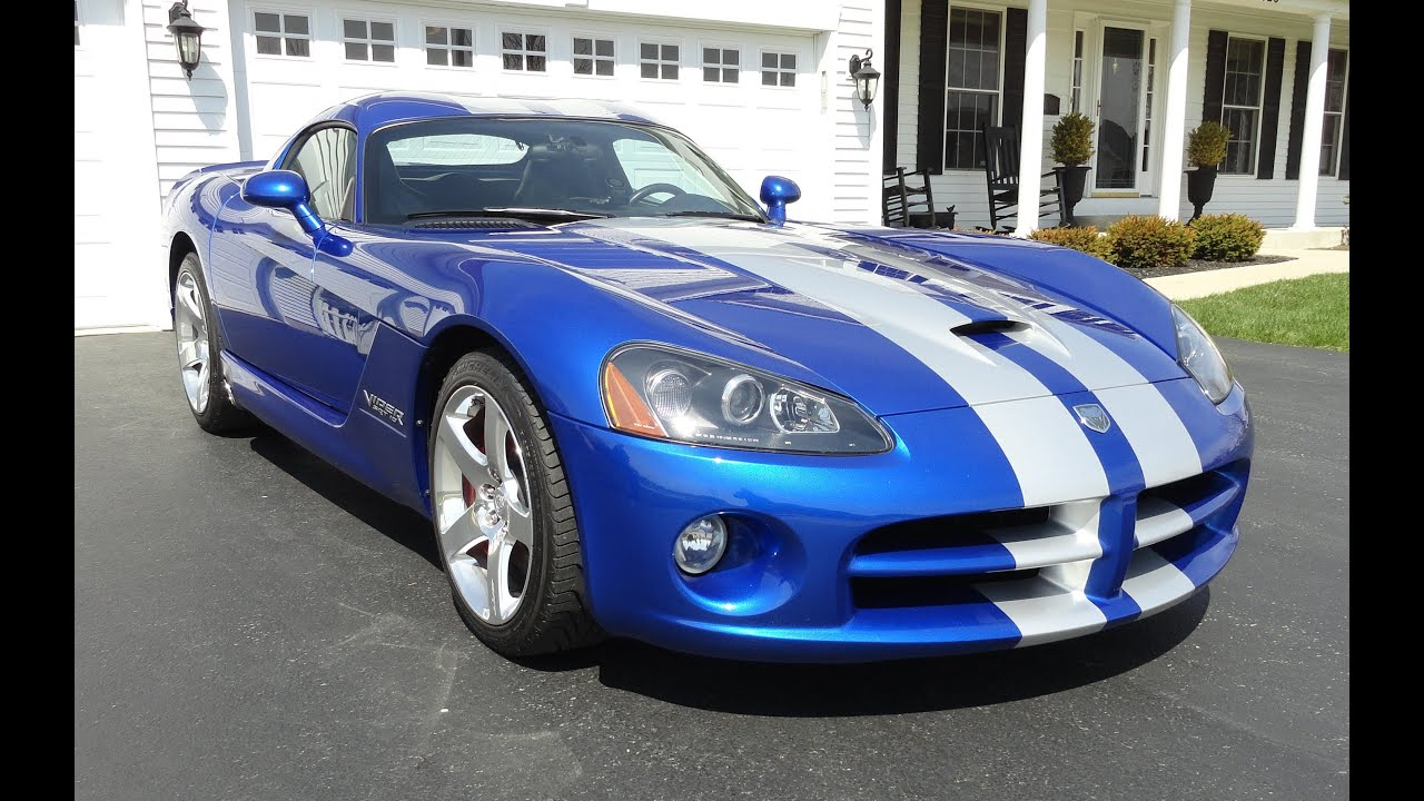 2006 Dodge Viper Srt 10 Coupe In Blue With Silver Racing
