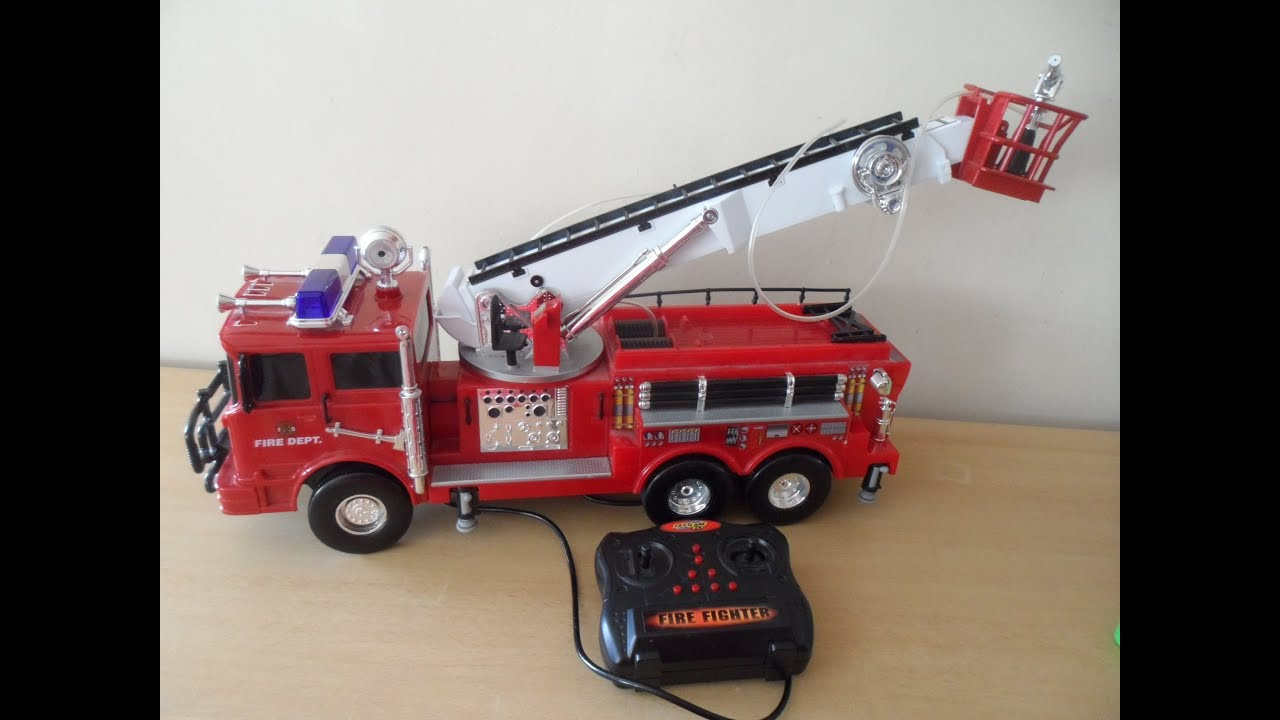 Tonka Toys Giant Remote Control Fire Engine Working With