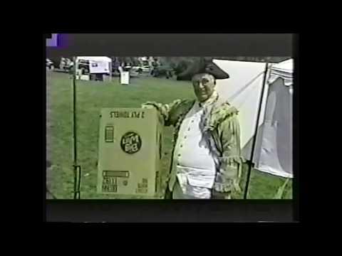 Naomi Punk // Cardboard (Official Video)