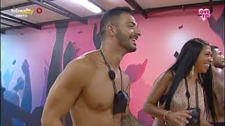 Video Séfora beija Paulo download MP3, 3GP, MP4, WEBM, AVI, FLV September 2018