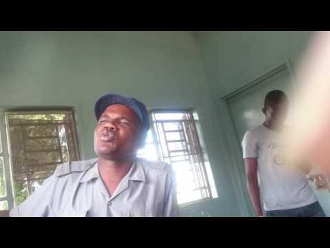 Zim police yanetsa