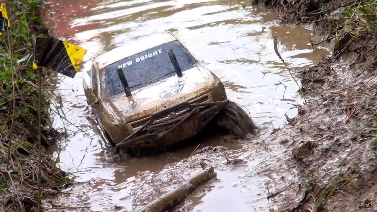 RC ADVENTURES - TTC 2013 - MUD BOGS - 4X4 Tough Truck Challenge