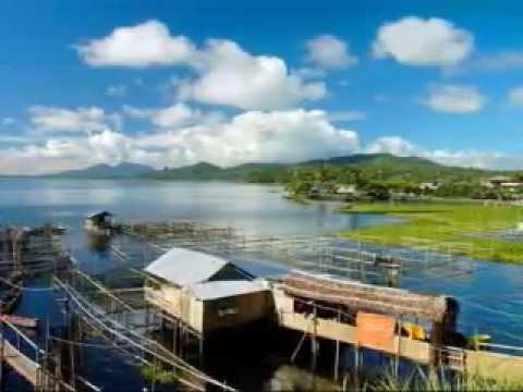 PELELOAN VILLAGE Keindahan Danau Tondano