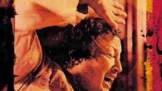 Nusrat Fateh Ali Khan - Man Atkeia Beparwah De Naal (High Quality audio)