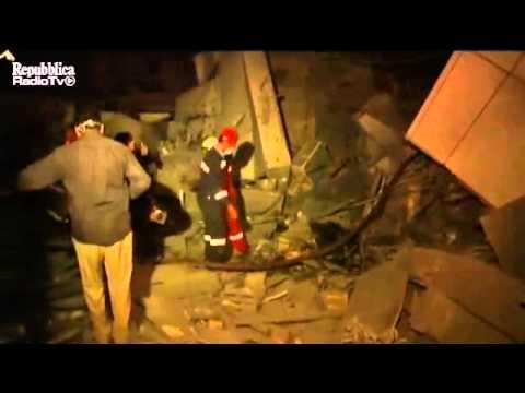 NATO bombs Kadhafi office