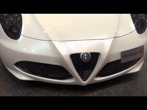 Alfa Romeo 4C at Madrid Motor Show 2014 | AutoMotoTV