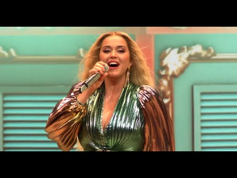 Katy Perry - Never Really Over/Not The End Of The World/Roar (20 ноября 2020)