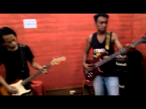 Ga cabul lagi cover - Metallikum band(Karawang)
