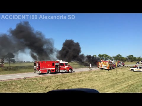 Crazy Accident i90 w alexandria SD mm 347 08/20/15