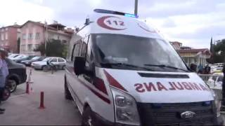 Kamyon minibüsle çarpıştı 3 ölü, 13 yaralı