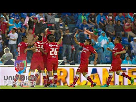 """Al grito de """"Fuera Boy"""", Cruz Azul pierde 1-0 contra Toluca"""
