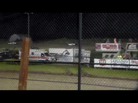 Hobby Stock Amain @ Marshalltown Speedway 09/16/16