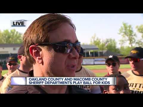 Oakland County and Macomb County Sheriff Offices play ball for Sheriff PAL kids