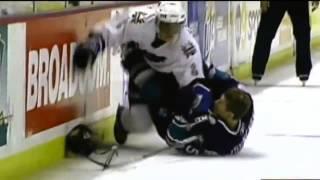 Александр Овечкин на льду.
