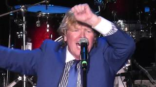 Peter Noone & Herman's Hermit There's A Kind Of Hush 2019