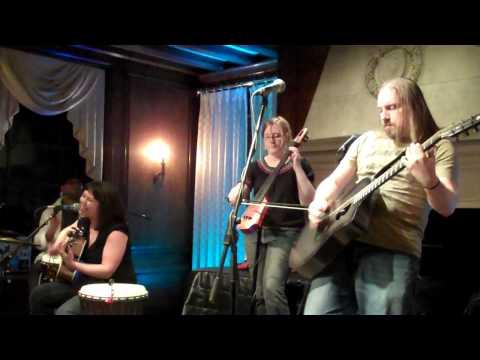 Revolutions Per Minute - ilyAIMY at Strathmore Music & Arts
